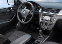 Skoda Spaceback photo