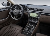 Skoda Superb photo
