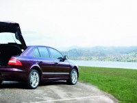 Skoda Superb 2008 photo
