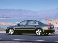 Skoda Superb 2001 photo
