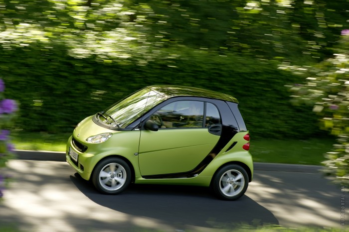 Smart fortwo coupe 2011 – фотография 1