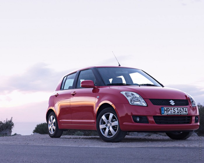 Suzuki Swift 2004 – фотография 1