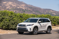 Toyota Highlander photo