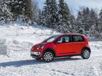 Volkswagen Cross Up photo