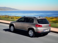Volkswagen Tiguan photo