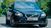 Volvo S40. От $ 34 928 (279 423 грн)